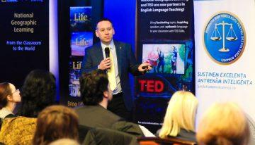 """Campania """"Liga Profesorilor Excepționali"""" aduce pentru dascălii din România, seminarul """"Gateway to ELT"""", ținut de specialiștii Gary Andreson și Tim Pearse"""