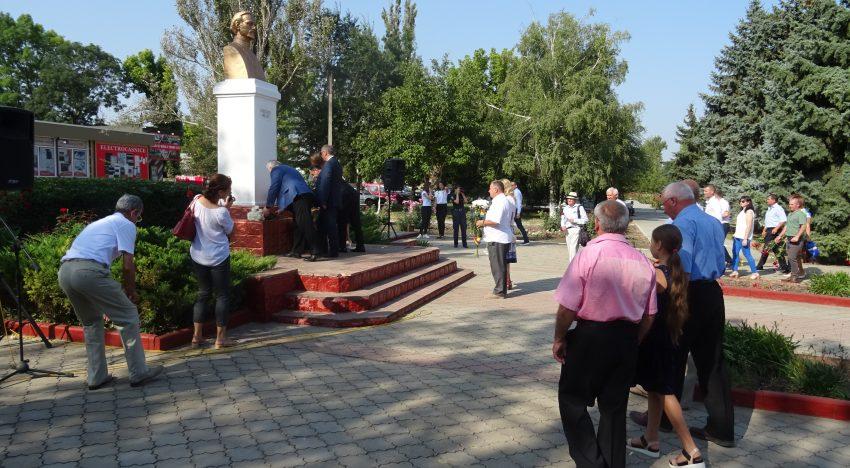 Unionismul și Ziua Limbii Române în Anul Centenarului Marii Uniri …pe moșia lui Plahotniuc – Republica Moldova