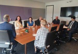 Întâlnirea ministrului Natalia-Elena Intotero cu membrii comunității românești din Brisbane