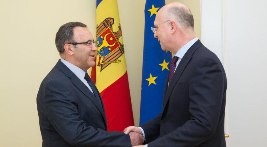 Premierul Pavel Filip l-a primit pe ambasadorul Ucrainei în Republica Moldova, Ivan Gnatîșin