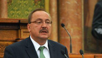 Ungaria amenință Ucraina cu izolarea datorită legislației ce limitează drepturile minorităților