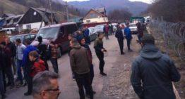 Incident la granița româno-ucraineană. Localnici din Dilove (Ucraina), se opun instalării gardului la frontieră