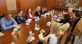 Ministrul Natalia Elena Intotero, în dialog cu comunitatea românească din Atena