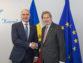 Foto / Pavel Filip și Comisarul Johannes Hahn: Modernizarea țării și implementarea agendei de asociere sunt proiecțiunile strategice pentru Republica Moldova