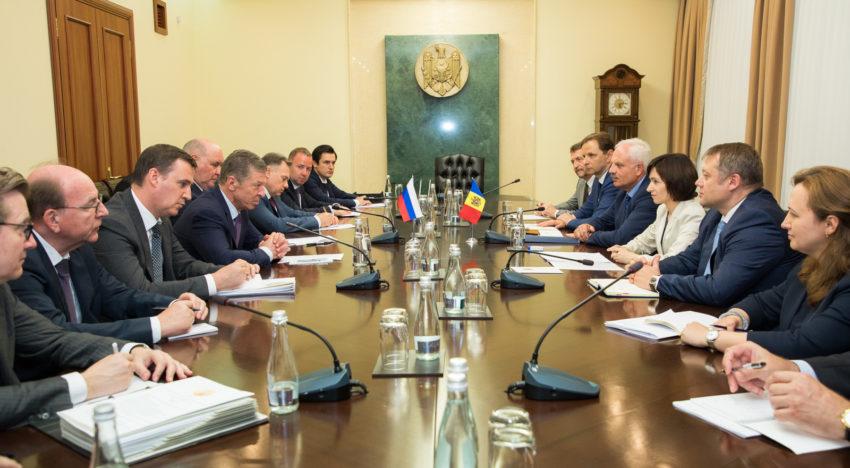 Foto / Întrevederea Prim-ministrului Maia Sandu cu Vicepremierul rus Dmitri Kozak: Un dialog pragmatic pe baza interesului național al Republicii Moldova