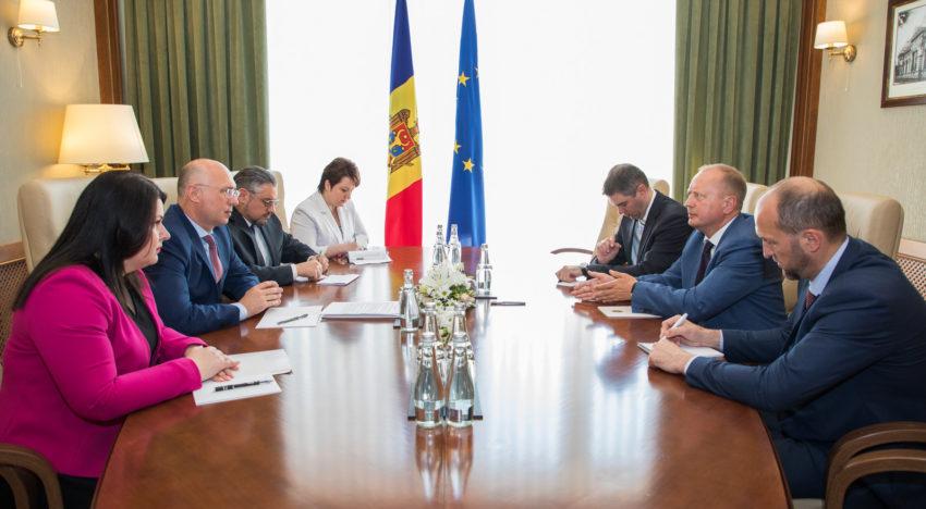 Premierul Pavel Filip și reprezentantul special al Ucrainei în procesul de reglementare transnistreană, Victor Krîjanovski: Soluțiile pentru actuala criză pot fi găsite doar prin dialog