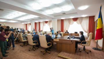 Chișinău: Accidentul din Otaci, anularea businessului duty-free și alegerile generale locale – subiecte în atenția Prim-ministrului, la ședința Guvernului