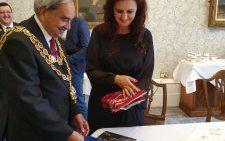 Românii din Coventry vor avea susținere din partea autorităților, în păstrarea identității, prin asigurarea de cărți în limba română la biblioteca din oraș