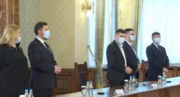 """AUR la Cotroceni: """"Călin Georgescu premier"""" (…) conducătorii ţării: """"să fie patrioţi, iubitori de neam, să fie cinstiţi, integri şi să fie buni profesionişti"""""""