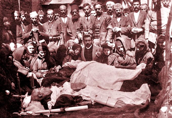 Hăcuit cu baionetele de greci. Părintele martir Haralambie Balamace: «Loveşte şi pe partea aceasta, căci nu cred să fiu chinuit mai mult decât Iisus Hristos. Ştiu că mor pentru dreptate şi pentru naţiune!» (23 martie 1914)