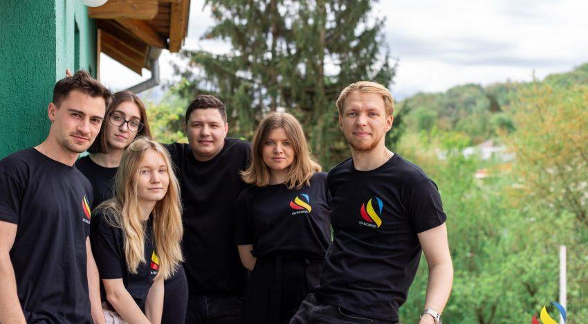 """Antuanela Raileanu, Președinta Organizației Studenților Basarabeni din București: """"Românismul trăiește pe ambele maluri ale Prutului""""."""