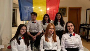 Echipa naţională a României la dezbateri pentru elevi, coordonată de ARDOR este în primele opt din lume.  74 de echipe se întrec anual la World Schools Debate Championship