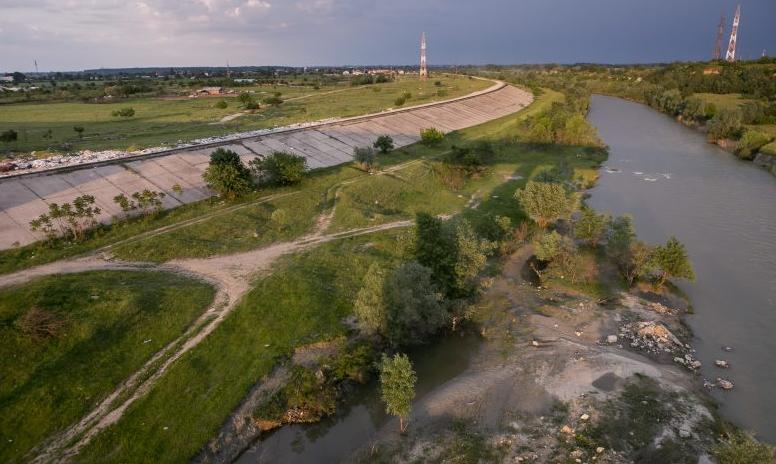 Canalul Dunăre-București o dorință a mai multor generații de români. Ce a spus exploratorul Jacques Cousteau când a venit în România?